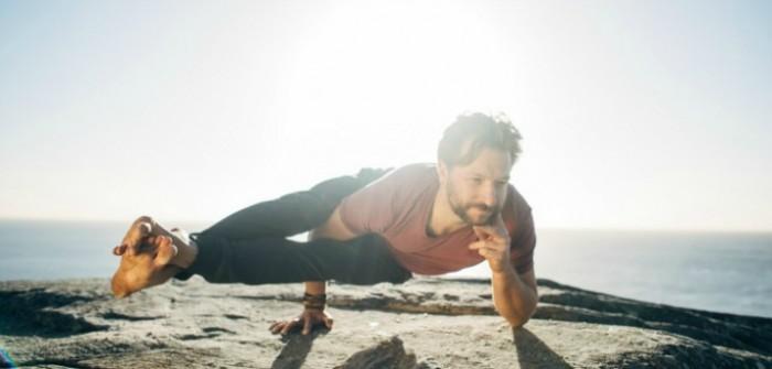 asana addicts bondi power living australia yoga teachers practice