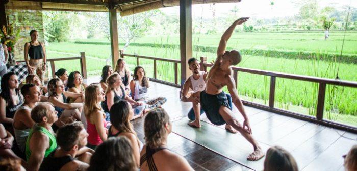 200hr teacher training power living australia yoga wellington