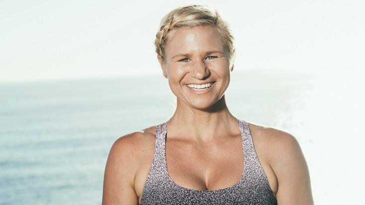 shauna hawkes power living australia yoga