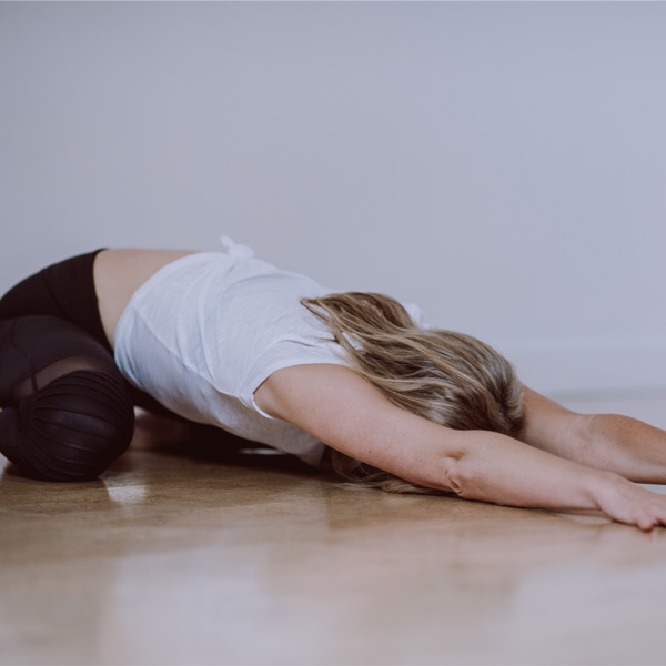 6 calming yoga poses for a better night's sleep